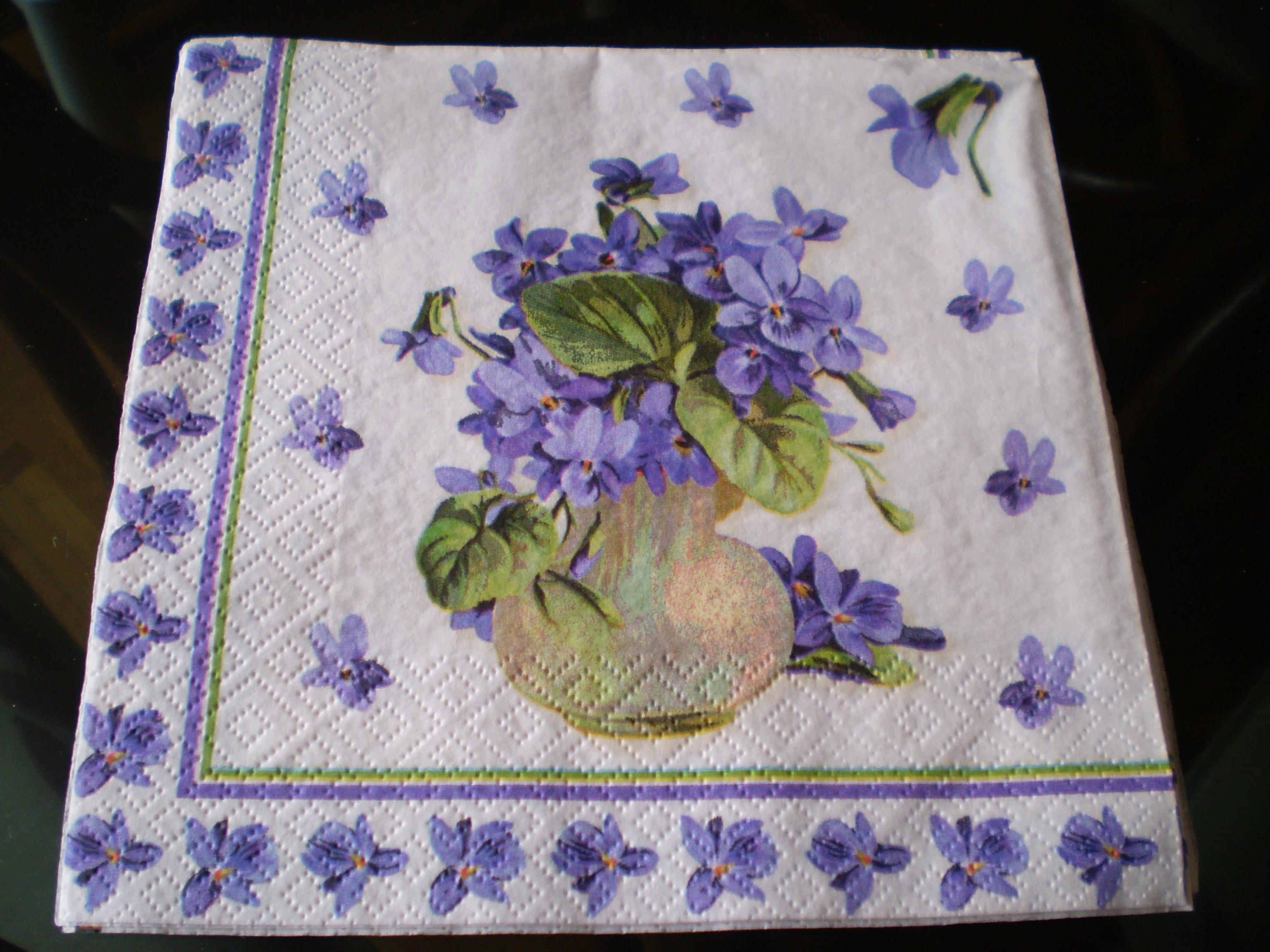 serviettesviolettes.jpg